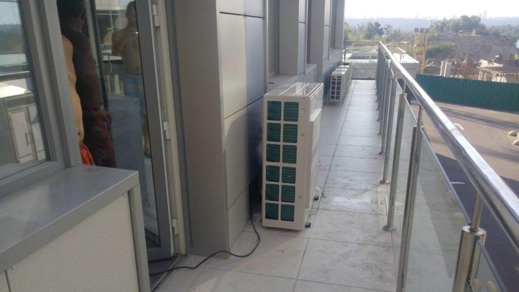 наружный блок теплового насоса воздух вода Thermia iTec